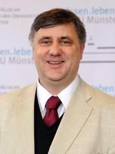 Prof. Dr. Reinhard Achenbach
