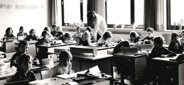 Unterricht © by  Michael Dr Gumtau  auf flickr.com (CC BY 2.0), bearbeitet IslamiQ