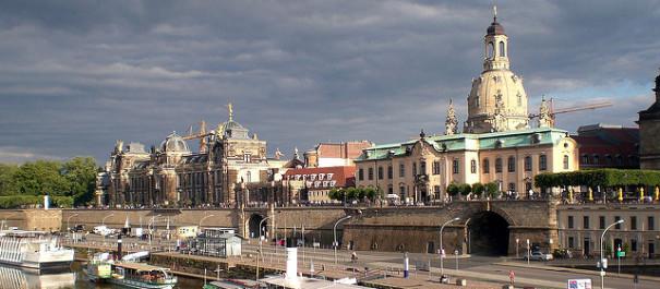 Dresden © Max A. auf flickr, bearbeitet by IslamiQ
