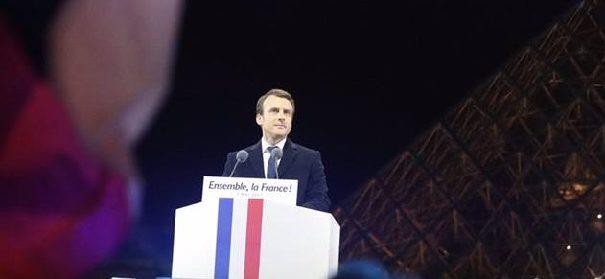 Emmanuel Macron © Facebook Macron, bearbeitet by iQ.