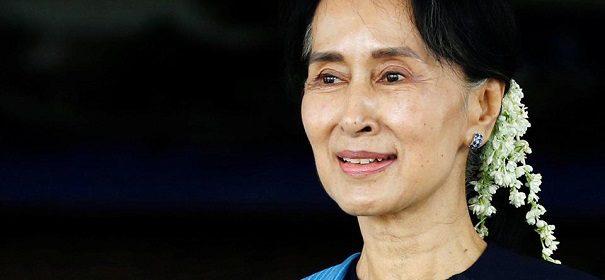 Suu Kyi © Facebook, bearbeitet by iQ.
