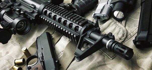 Symbolbild: Kriegswaffen © shutterstock, bearbeitet by iQ.