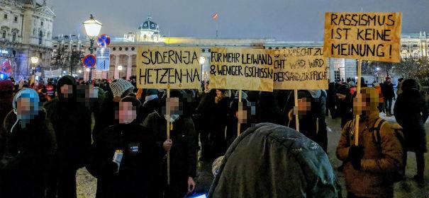 Demo gegen rechte Regierung