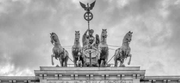 Berlin Brandenburger Tor (c)shutterstock, bearbeitet by iQ