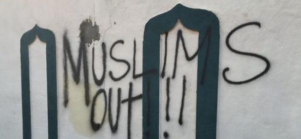Übergriffe Symbolbild: Islamfeindlichkeit KRM © Twitter, bearbeitet by iQ.