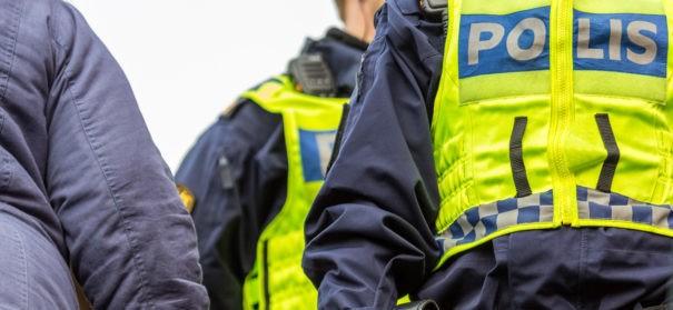 Polizei in Schweden (c)shutterstock, bearbeitet by iQ