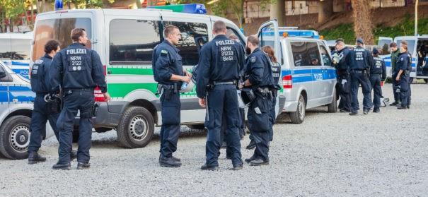 Polizeisperrung - Moschee