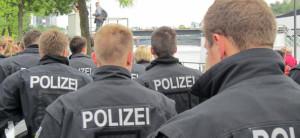 Einrichtungen Polizei, Polizisten, Drohmails, Ermittlungen