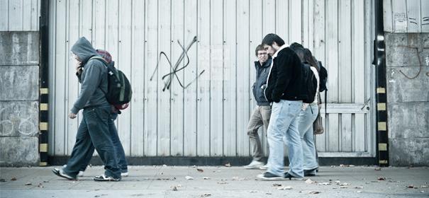 Symbolbild: Rechtsextreme © by Davidlohr Bueso auf Flickr (CC BY 2.0), bearbeitet islamiQ
