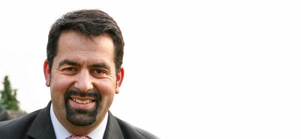Aiman Mazyek: Vorsitzender des Zenrtralrates der Muslime in Deutschland (ZMD) © Foto: Yunay, bearbeitet IslamiQ