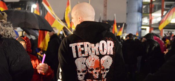 Bürgermeister warnt vor Rechtsextremismus © by Bündnis 90/Die Grünen Nordrhein-Westfalen auf Flickr (CC BY-SA 2.0), bearbeitet islamiQ