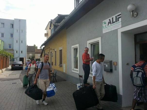 Die 16 Flüchtlinge ziehen in das ALIF-Verbandshaus ein.