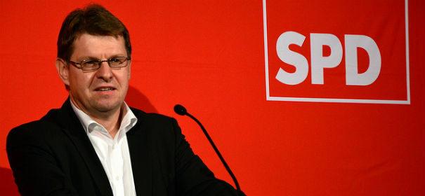 Ralf Stegner über Seehofer © by SPD schleswig-Holstein auf flickr, bearbeitet by IslamiQ