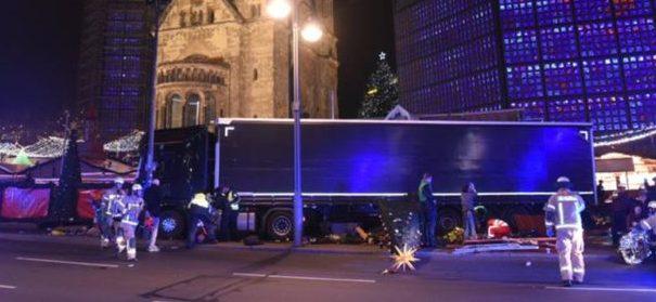 Berlin, Anschlag, LKW, Polizei © Facebook