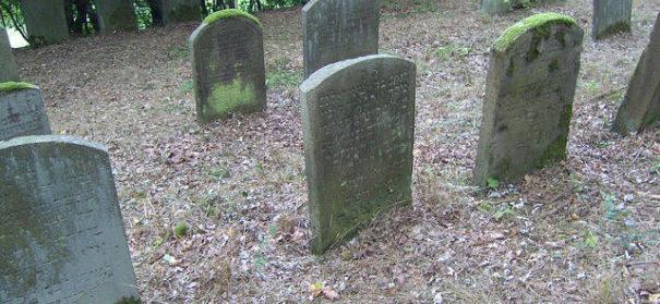 Symbolbild: Friedhof