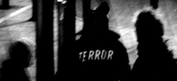 Rechtsextreme Anschlagsserie auf Moscheen geplant © by Erich Ferdinand auf flickr, bearbeitet by IslamiQ.