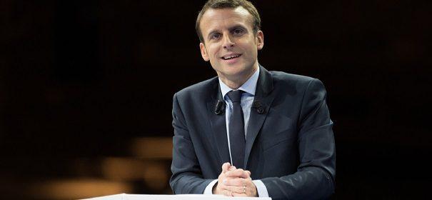 Frankreich s Staatspräsident Emmanuel Macron © Perspektif, bearbeitet by iQ.