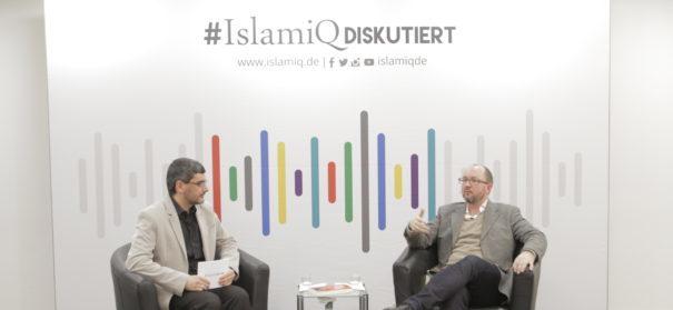 Ali Mete (l.) und Daniel Bax über Islam in den Medien bei der ersten #IslamiQdiskutiert Veranstaltung. © iQ