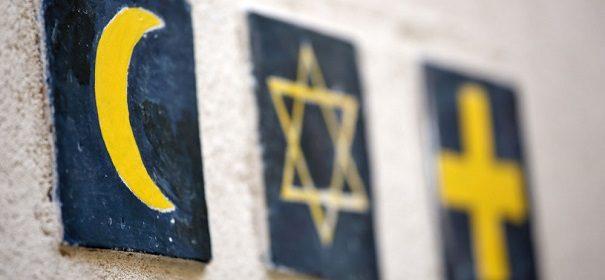 Dialog Symbolbild: Religion