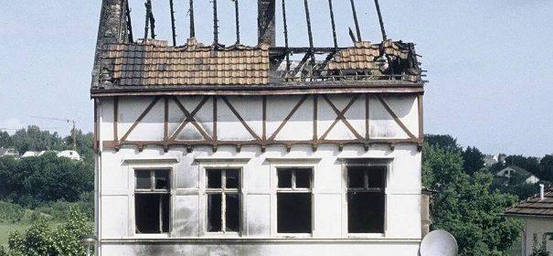Brandanschlag ın Solingen © Facebook, bearbeitet by iQ.