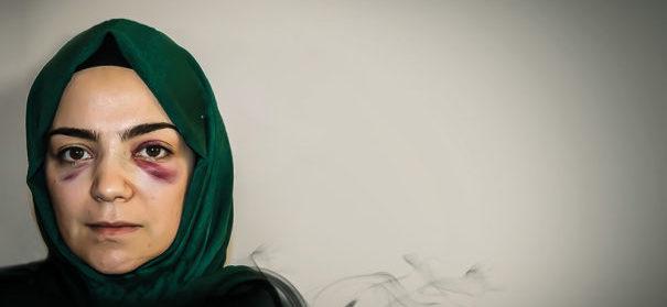 Symbolbild: Gamze wurde aufgrund ihres Kopftuchs attackiert. Islamfeindlichkeit by Adnan Durukan, Zaman Online