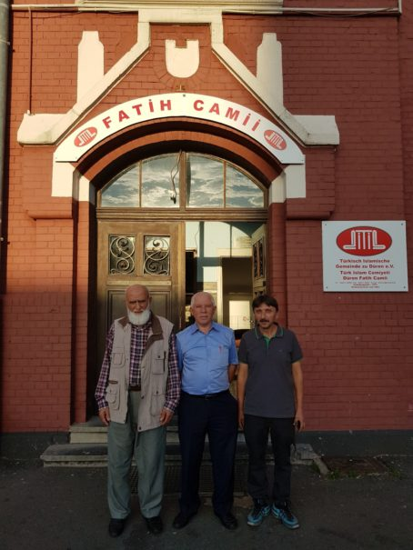 Ahmed Kurt, Hasan Ozan, Necdet Cebeci. (v l. n. r.) © EZK