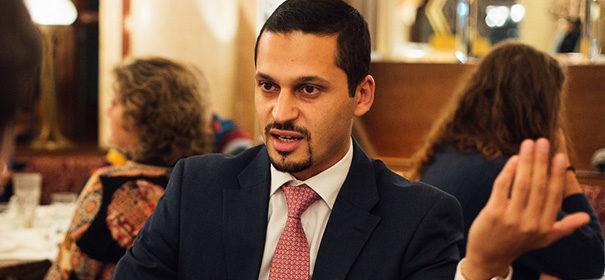 Dr. Farid Hafez über säkulare Muslime © Samuel Colombo, bearbeitet by iQ.