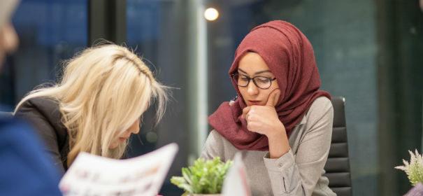 Lehrerin, Kopftuchverbot, Kopftuch, Muslimin