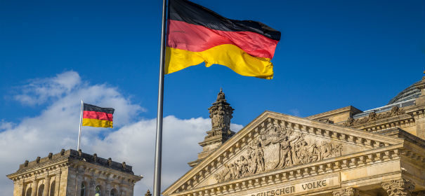 Symbolbild: Bundeskabinett, Regierung © shutterstock, bearbeitet by iQ.