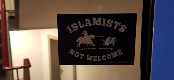 Islamfeindliche Aufkleber in Hannover