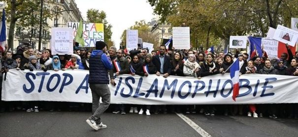 Demonstration gegen Islamfeindlichkeit © AA, bearbeitet by iQ.