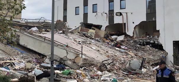 Albanien - Erdbeben © Facebook, bearbeitet by iQ.