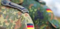 Symbolbild: Rechtsextremismus bei der Bundeswehr © Shutterstock, bearbeitet by iQ.