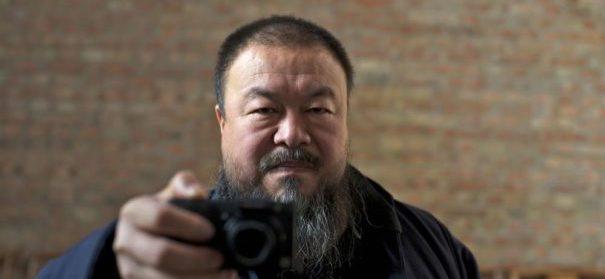 Uiguren: Ai Weiwei (c)facevook, bearbeitet by iQ
