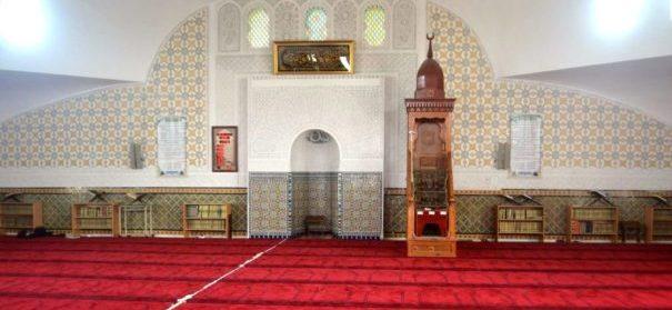 leere Moschee in Corona-Zeiten