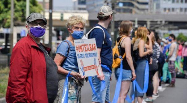Unteilbar-Demo gegen Rassismus 2020 ©Facebook, bearbeitet by iQ