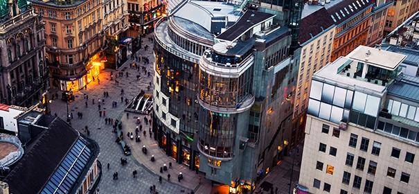 Stephansplatz in Wien © Shutterstock, bearbeitet by IslamiQ.