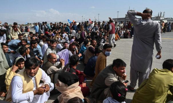 Mehrheit für Aufnahme verfolgter Afghanen in Deutschland (c)shutterstock, bearbeitet by iQ